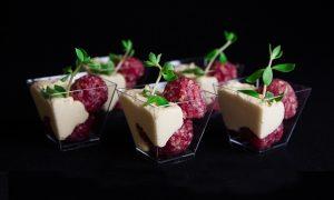 Healthy Food - Rundertartaar met humus en kruiden hapje